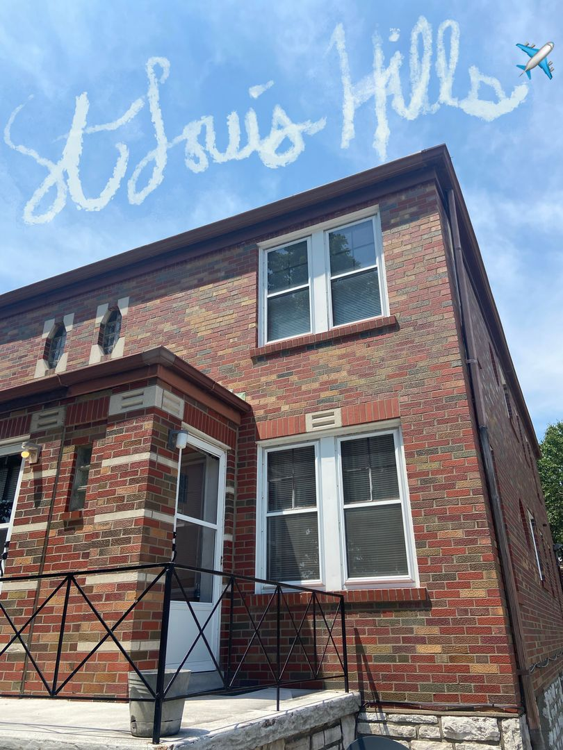 Eichelberger Townhome w/ skywriting